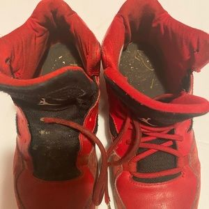 Extremely well-worn Kids Jordan size 3y